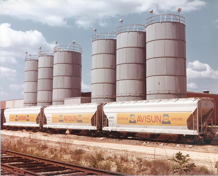 train at Nashville Mills - JC