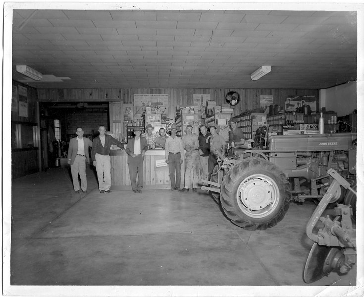 ------------------------------CLARK TRADING COMPANY1947--------------------------------<br /> L/R- LACY CLARK, WILLIAM (BILL) POWELL, WILLIAM CLARK, LET OVERSTREET, CLARK JONES, ROBERT CLARK, BRUCE BAILEY, UNKNOWN, BILLY FENDER, DAN WHITE
