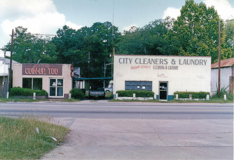 City Cleaners on South Davis Street, June 1990,  just before the cleaners and Coin-op were torn down to make way for Kentucky Fried Chicken (Courtesy of Skeeter Parker)