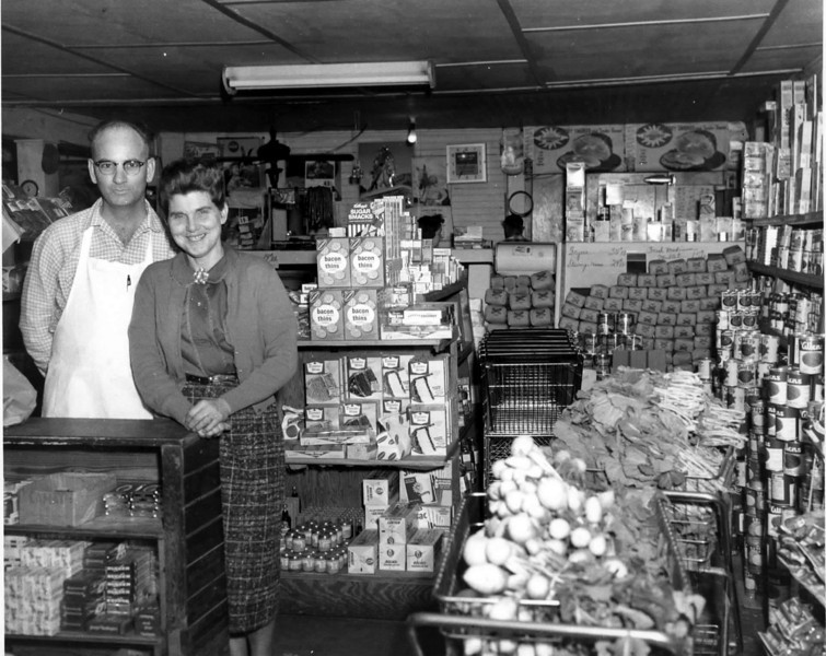 Swindle and Mathis Grocery and Market on the corner of Marion and Taylor Streets, mid 1940s