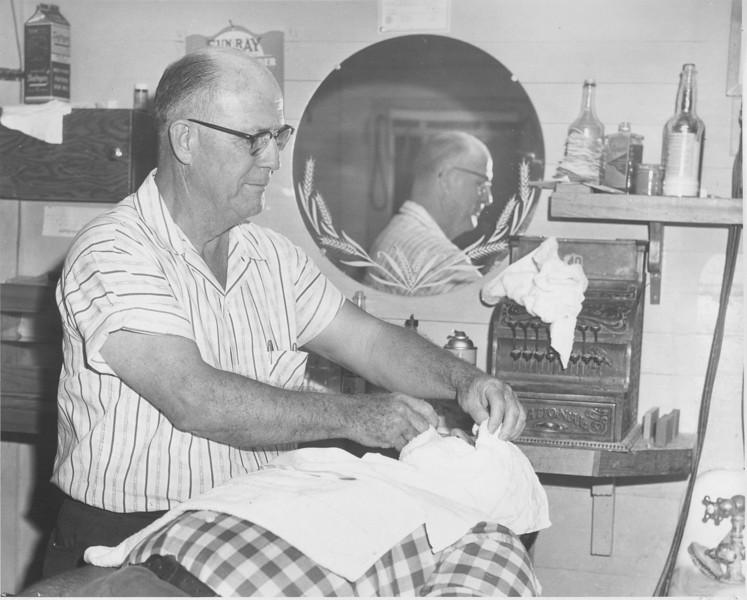 Ben Avera Barbershop, Ben Avera