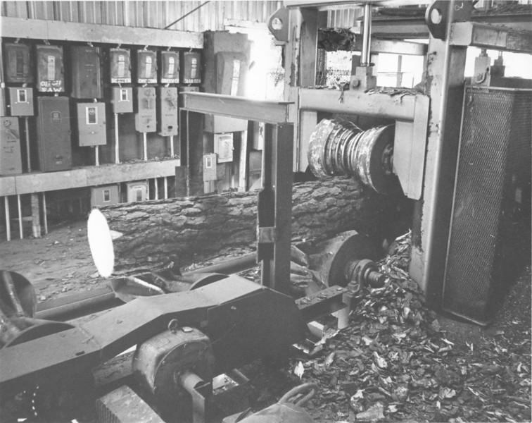 Hubert Moore Lumber Company 1972 Dec_7