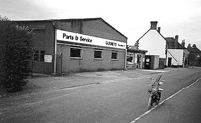 <font size=3><u> - Gurney's Parts & Service Dpt - </u></font> (BS0549)  Chapel Lane in 1993.