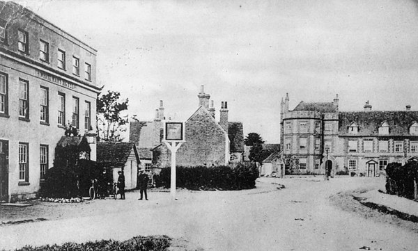 <center><font size=3><u> - White Hart - </u></font> (BS0330) </center>  Taken from War Memorial before tarmac road.   Castle Inn in the background.