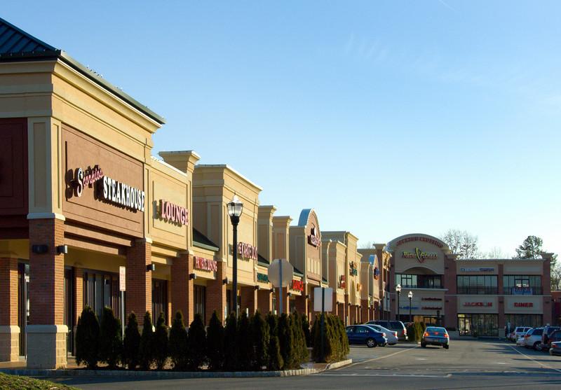 Jackson Crossing Shopping Center: for Massa Montalto Architects