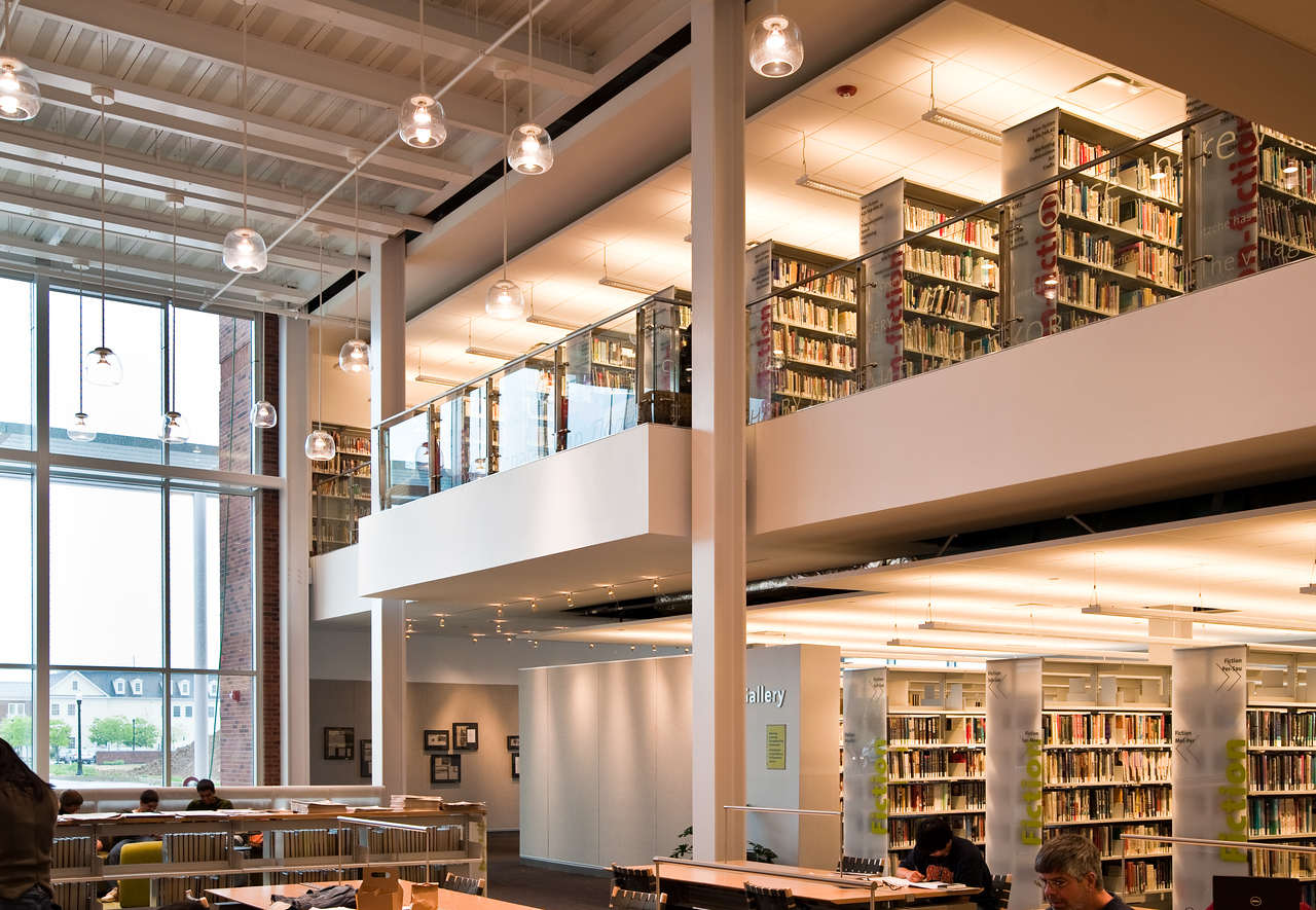 100426_Library-2_11