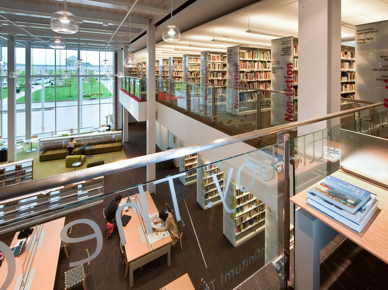 100426_Library-2_70-2