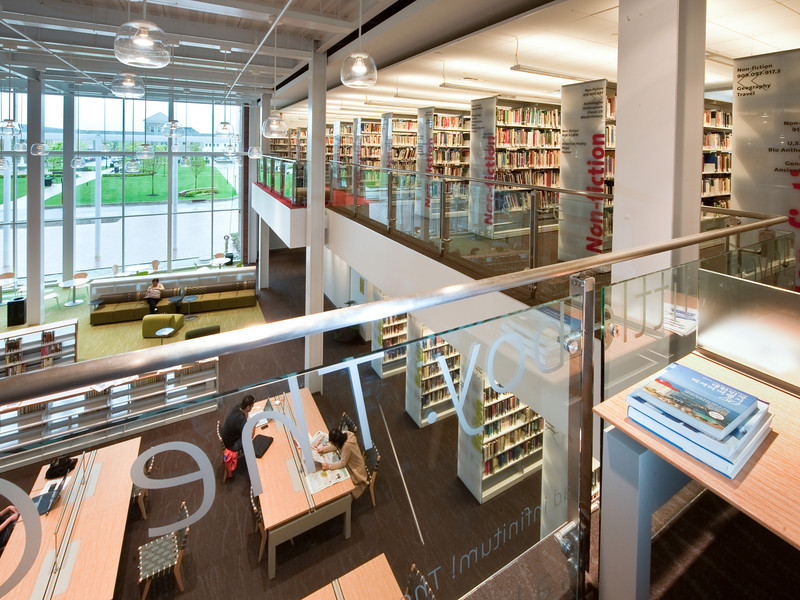 100426_Library-2_70