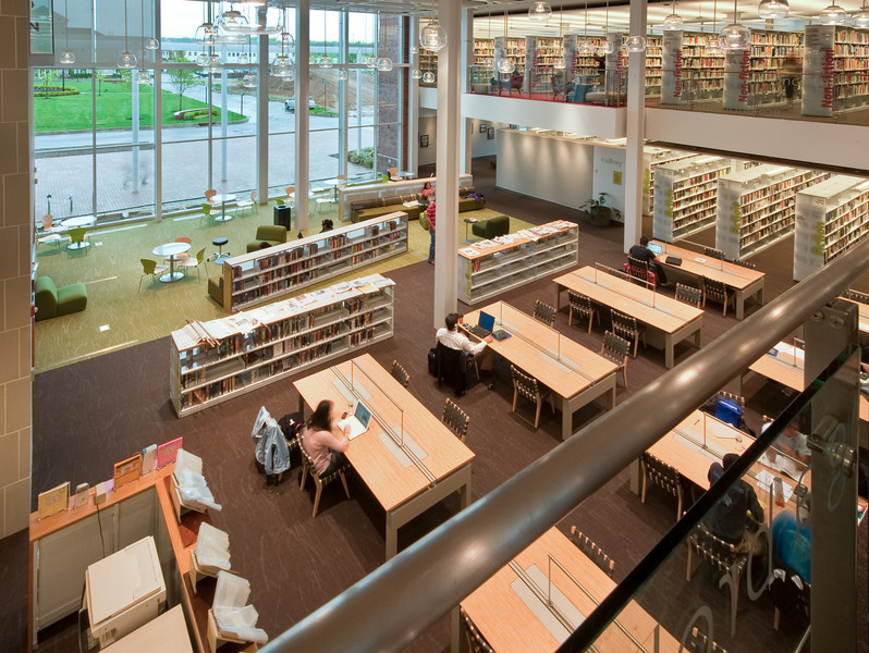 100426_Library-2_109