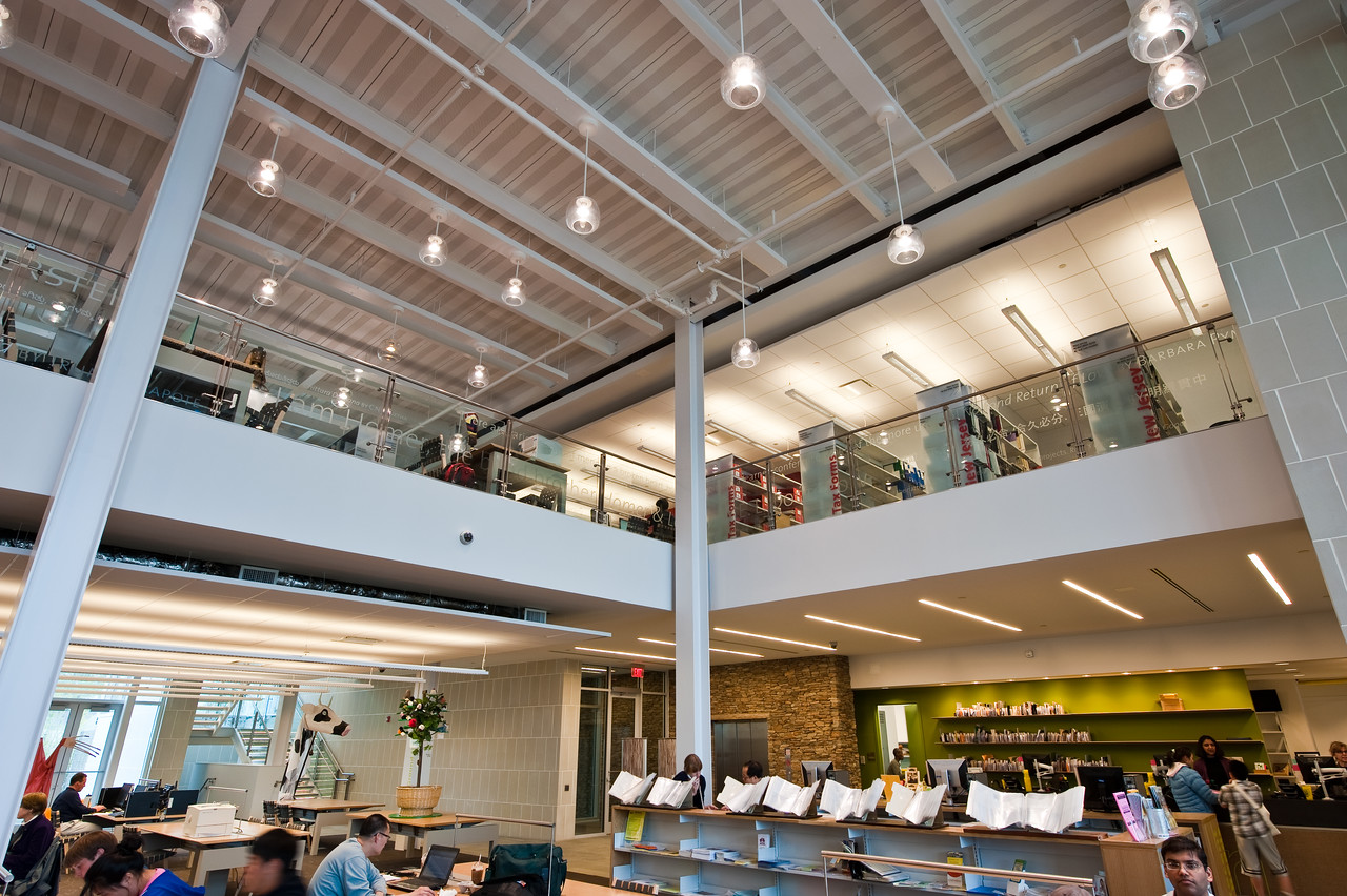 100426_Library-2_5-2