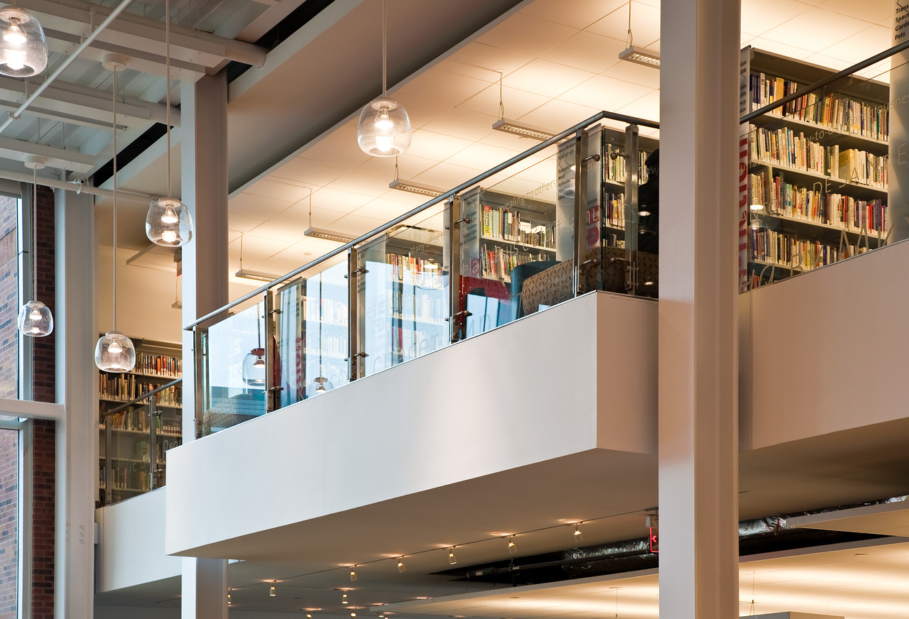 100426_Library-2_9