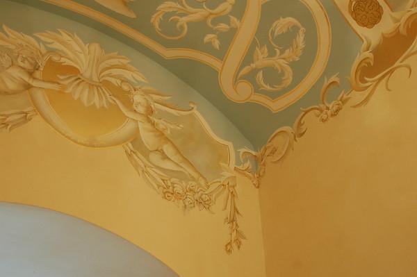 hallway ceiling mural 17th century design with goldleaf and cherubs