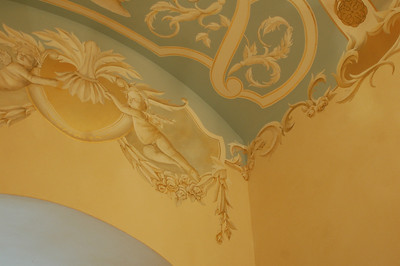 hallway ceiling mural 17th century design with goldleaf and cherubs
