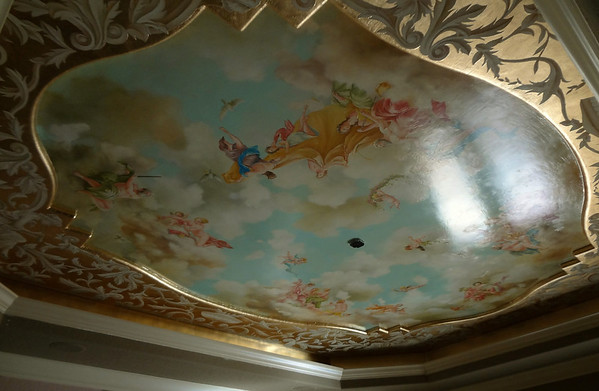 ceiling mural in oil and goldleaf, 17th century French