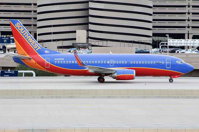 Phoenix Sky Harbor International Airport   PHX / KPHX<br /> Phoenix, Arizona<br /> <br /> [Canon EOS 7D Mark II + EF 28-135mm f3.5-5.6 IS USM]