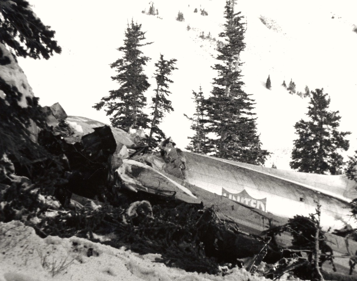 The sloping terrain and deep snow made for a sudden violent stop and a small debris field. <br /> <br /> The DC-3's engines were torn from their mounts and thrown over 150' from the main impact site.