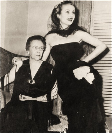 One of the last photos taken of Elizabeth Peters age 65, and Carole Lombard age 33, as they prepare to leave the hotel in Indianapolis for the airport.