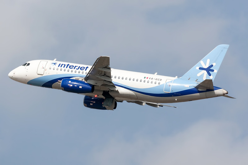 2015 Sukhoi Superjet 100 C/N 95052<br /> <br /> Manuel Crescencio Rejon Intl Airport (MID | MMMD)<br /> Merida, Yucatan <br /> Mexico<br /> <br /> [Canon EOS 1D Mark III + EF 100-400mm f4.5-5.6L USM]