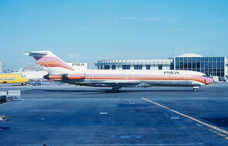 """AIRCRAFT INVOLVED<br /> <br /> Boeing 727-214 (N533PS) held company line number """"206"""". The aircraft had accumulated 24,000 flight hours since it joined the PSA fleet in 1968."""