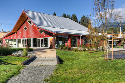 Cheers Cowichan - Duncan Visitor Information Center - Cowichan Valley, BC, Canada