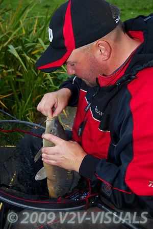 Will Raison unhooking a fish