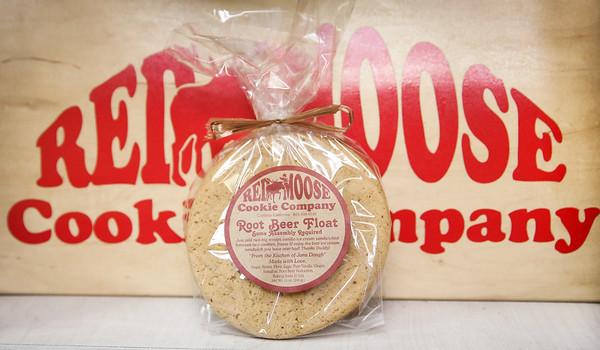 Red Moose Cookies - Roottbeer Float-5
