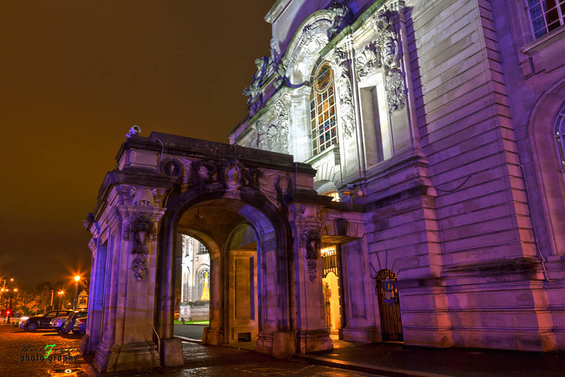 Cardiff City Hall at night