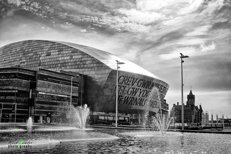 Cardiff Bay Fountains (The Flourish) in black and white 1