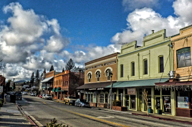 East Main Street - Grass Valley CA