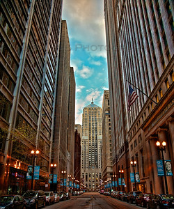 The Financial District in downtown Chicago