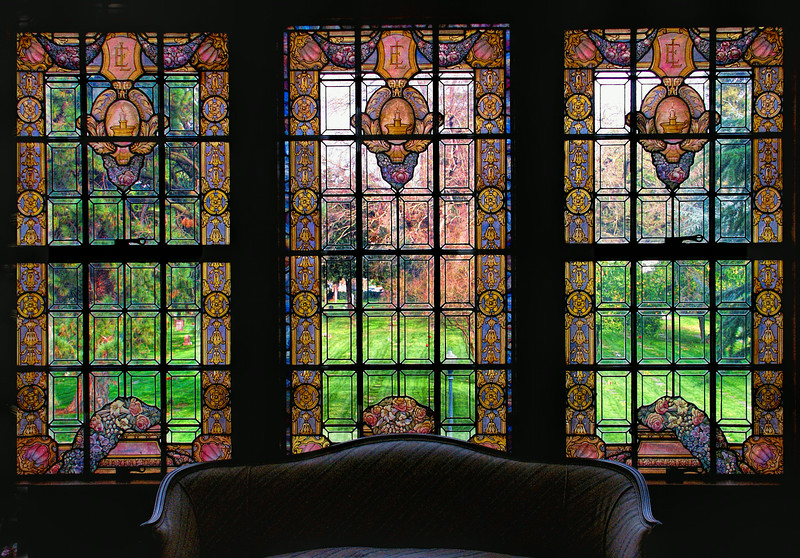 East Lawn Stained Glass Center Piece - Sacramento, CA