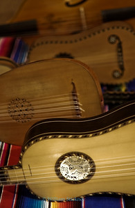 Baroque Strings - Violin - lute - guitar - Viola da Gamba.