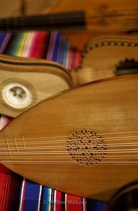 Baroque lute and guitars.