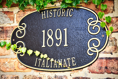 Lowell, Indiana Historic Italianate Architecture Plaque