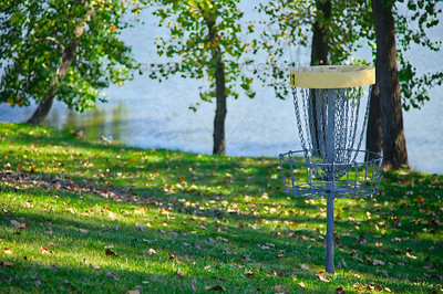 Disc Golf at Hidden Lake Park Merrillville in Northwest Indiana