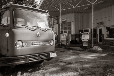 Old Retro Truck and Gas Pumps BW