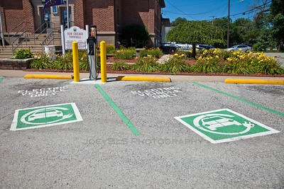 New Chicago, Indiana Town Hall Electric Vehicle Parking