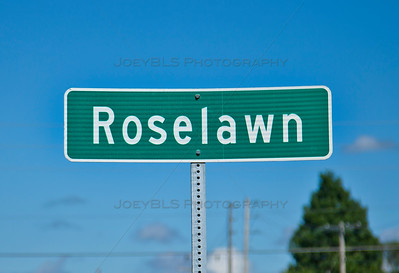 Roselawn, Indiana Sign