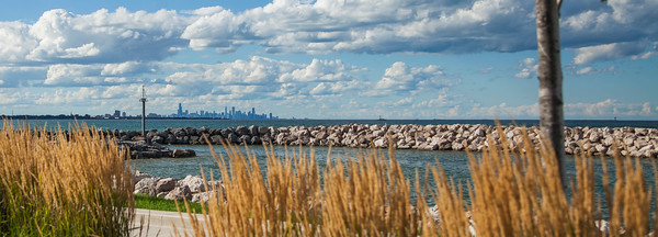 Whiting, Indiana Lakefront Park with Chicago Skyline View