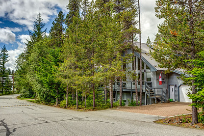 Black Tusk and Pinecrest Communities