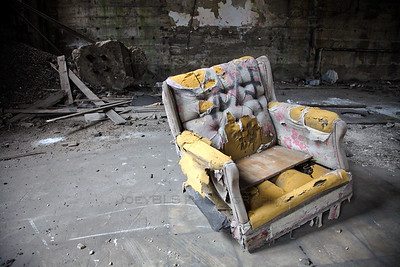 Old Broken Recliner Chair - The Soliloquy of a Broken Chair