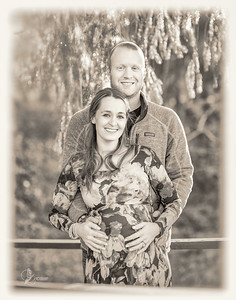 20171201-Scott_&_Emily_Maternity-0005-11X14BW_copy
