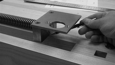Installing the V.2 Tail Vise