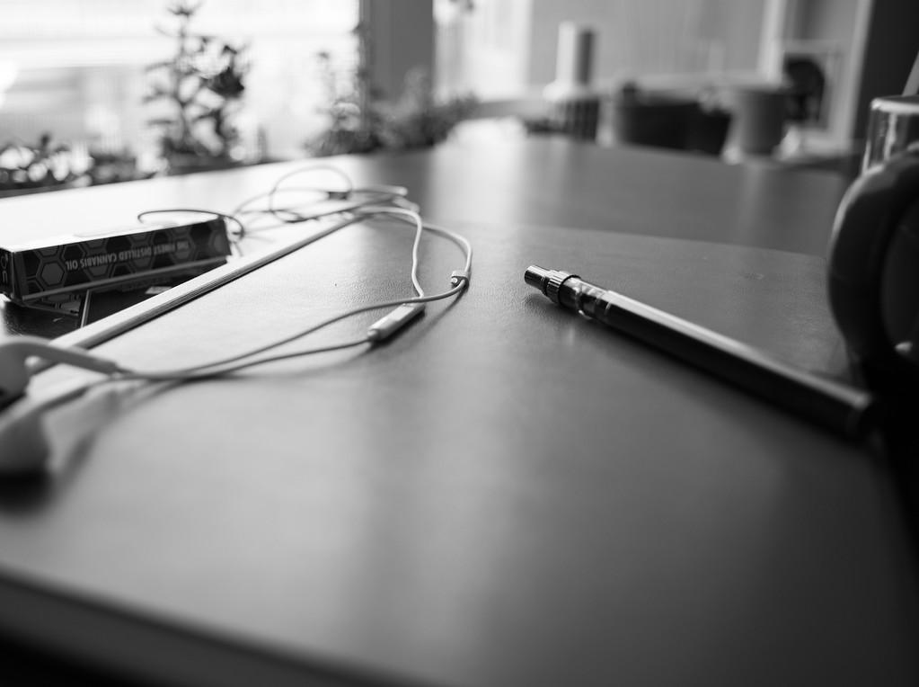 Xhale Vape Pen | Product Photography