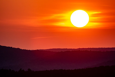 Sailor's Delight: Viewing from Paris Hill, It was a red, red sun setting over the white mountains.