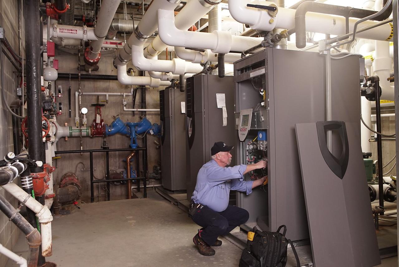 AAA_Energy_ServiceWork_Photos_03