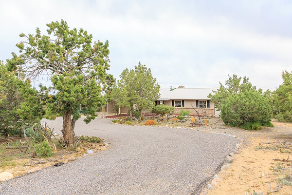 5305 Hill-N-Dale Dr-1