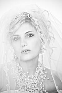 BrideAd-2_BxW_2287