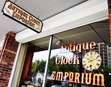 D55_0005 Antique Clock Emporium