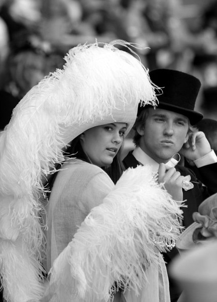 The glamour and fashion of Ladies Day at Royal Ascot. This portfolio shows a typical editorial shoot. Images can be uploaded, fully captioned within an hour.